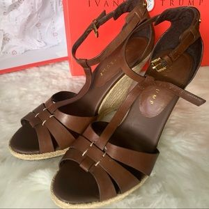 Ivanka trump itetta wedges size 9.5M dark brown